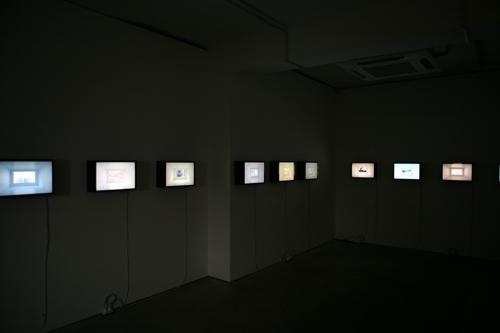 054_3_b.jpg